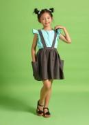 Chân váy hai dây nơ lưng đen linen bé gái