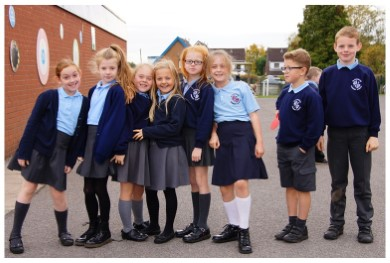 Các loại vải may áo đồng phục học sinh được ưa chuộng nhất hiện nay
