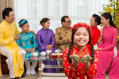 Những lưu ý để bảo vệ sức khoẻ của trẻ dịp Tết Nguyên Đán