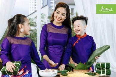 Mẫu áo dài cách tân cho mẹ và bé đi chơi tết