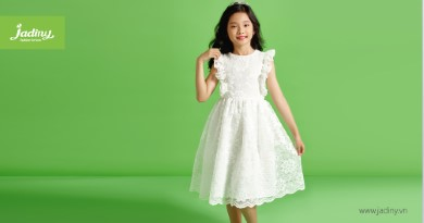 Dáng xuyên điệu đà cho bé với đầm công chúa mullet