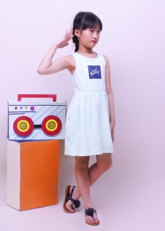 Đầm bé gái khoét lưng thun xanh ngọc