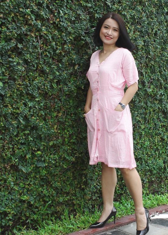 Đầm midi cánh dơi caro đỏ nữ