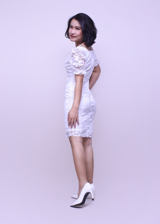 Đầm tiệc nữ ren hoa trắng