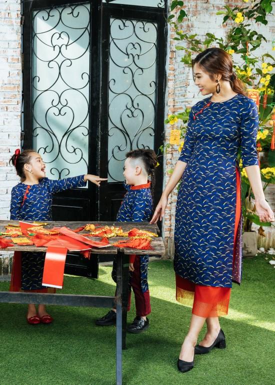 Combo áo dài tia sáng tài lộc gia đình