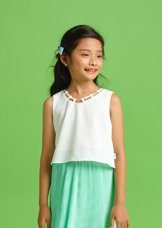 Áo croptop dây viền trắng bé gái