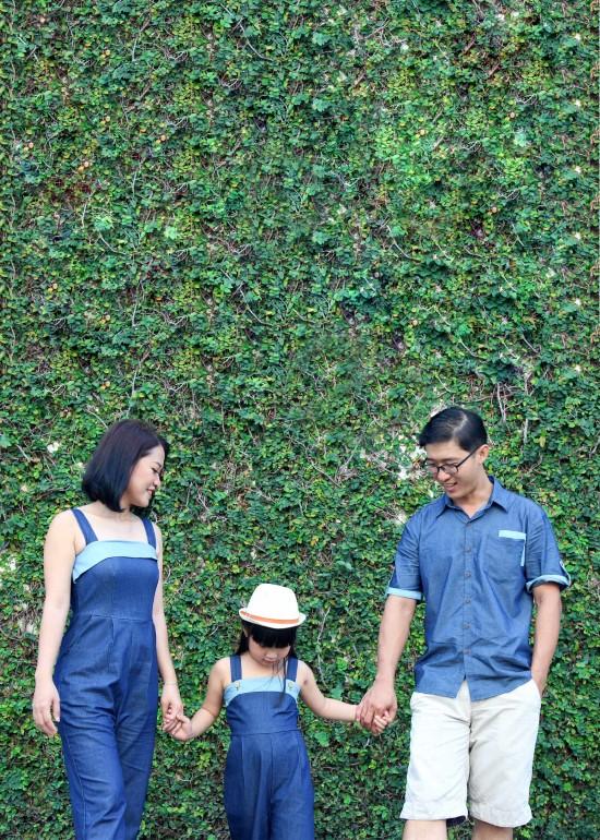 Combo jumsuit và áo SM xanh đậm denim gia đình