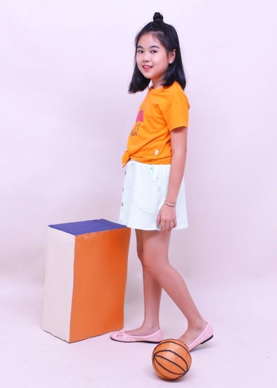 Áo thun bé gái cột dây cam
