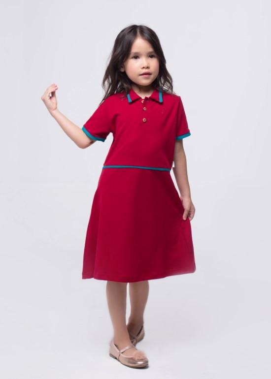 Đầm thun đỏ viền xanh bé gái