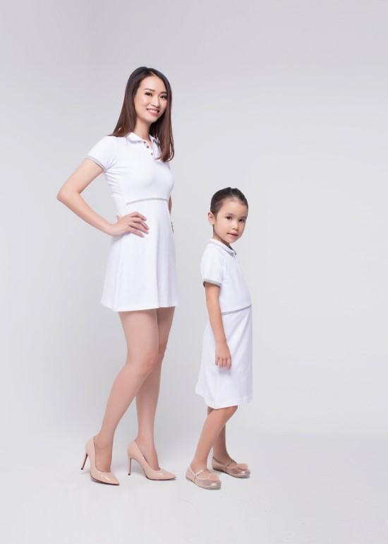 Combo đầm thun trắng viền xám mẹ và bé