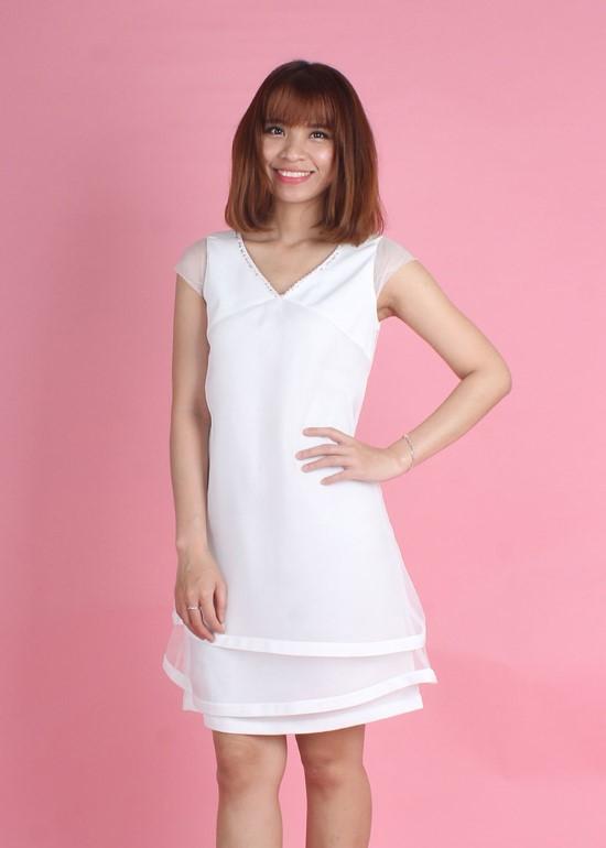 Đầm phủ voan đính hạt trắng nữ