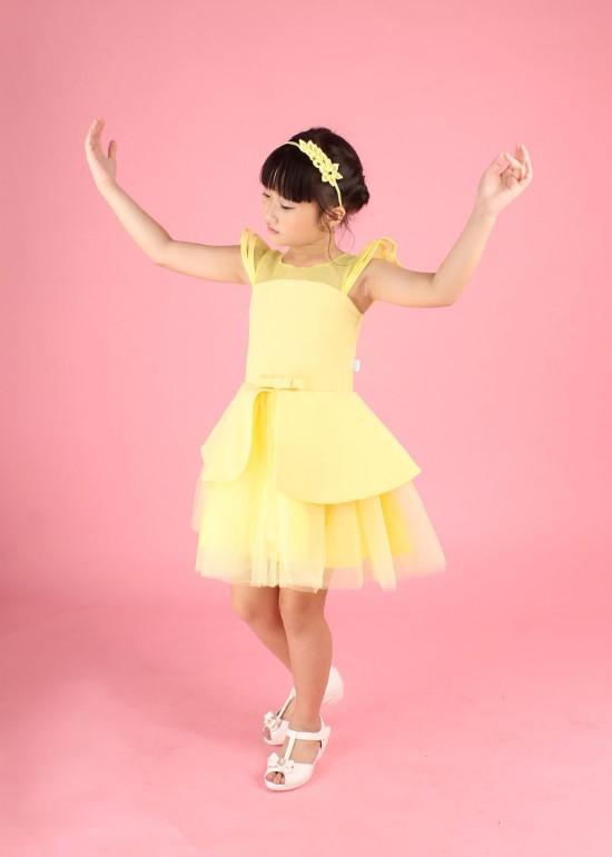 Đầm peplum cánh tiên vàng bé gái