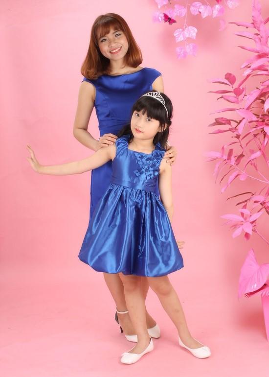 Combo đầm phi xanh bích mẹ và bé