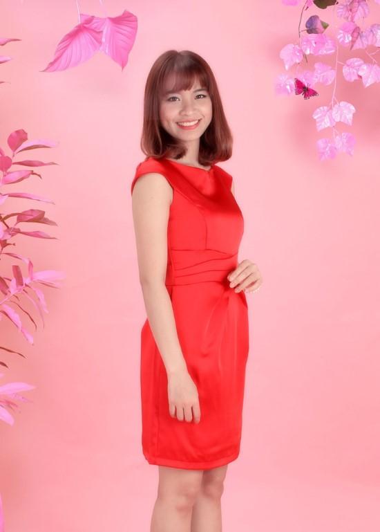 Đầm phi đỏ xếp li