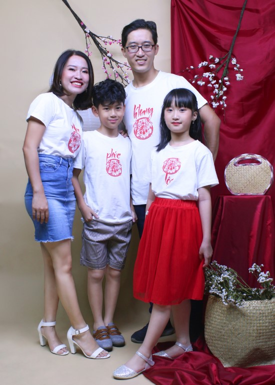 Combo áo thun trắng tươi sáng gia đình