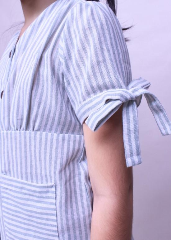 Đầm bé gái tay cột nơ xanh ngọc