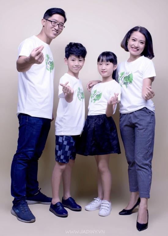 Áo thun gia đình trắng