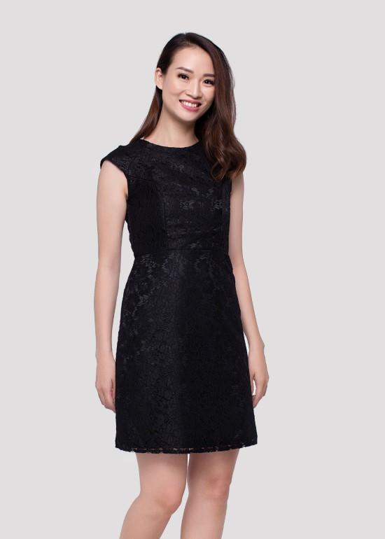 Đầm ren viền cúp ngực đen