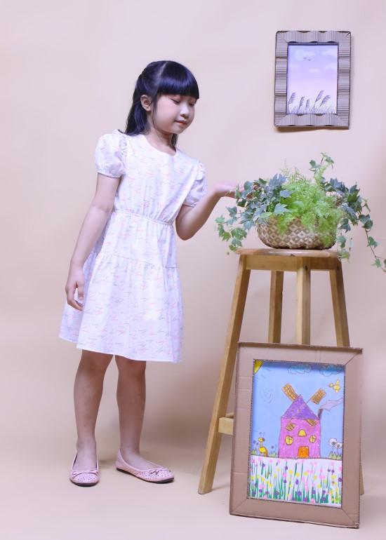 Đầm bé gái tay thun chữ love