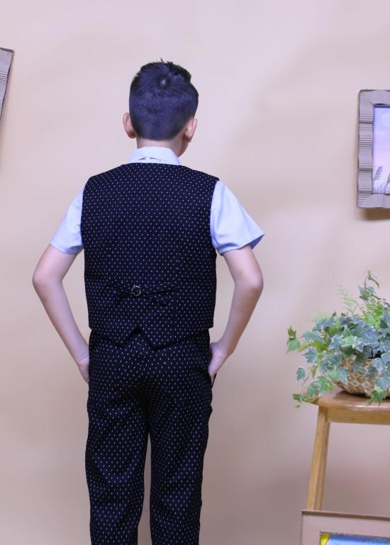 Áo gile bé trai hai hàng nút đen chấm