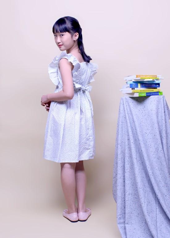 Đầm bèo ngực cột dây trắng chấm ht xanh