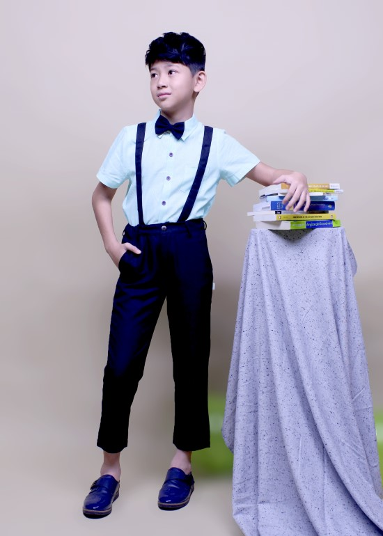 Áo sơmi tay ngắn bé trai linen tay lơ vê xanh