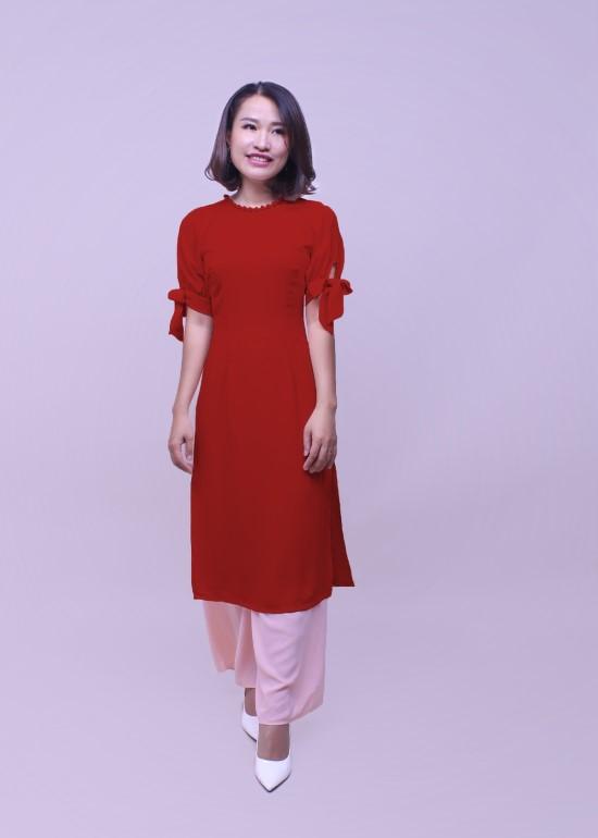 Bộ áo dài nữ hạnh phúc đỏ