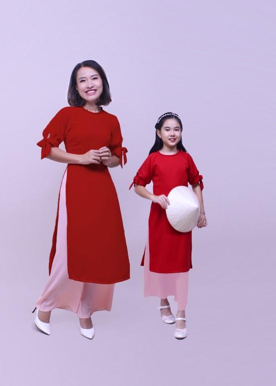 Combo áo dài hạnh phúc đỏ mẹ và bé
