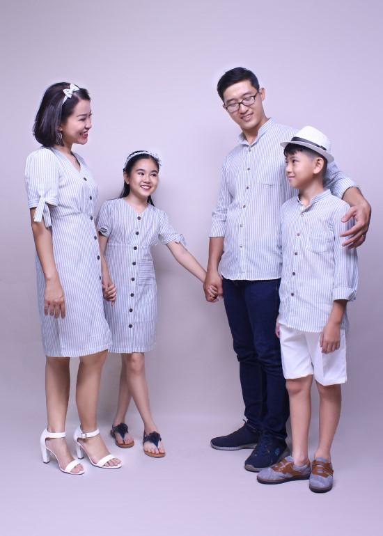 Combo áo sơ mi và đầm cột nơ sọc xanh ngọc gia đình