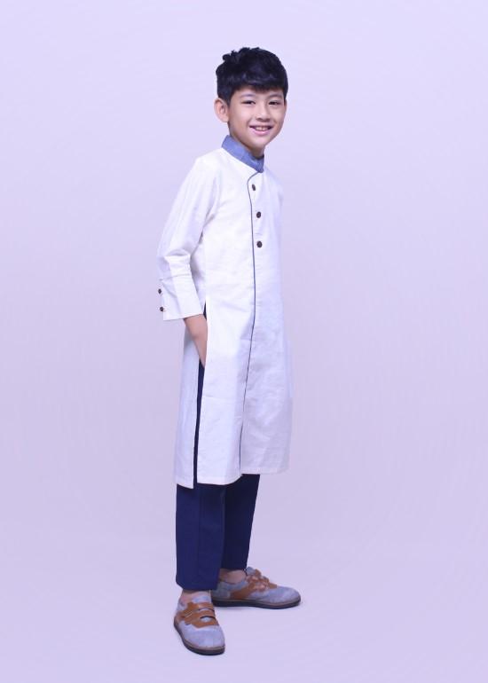 Áo dài bé trai linen phối trắng