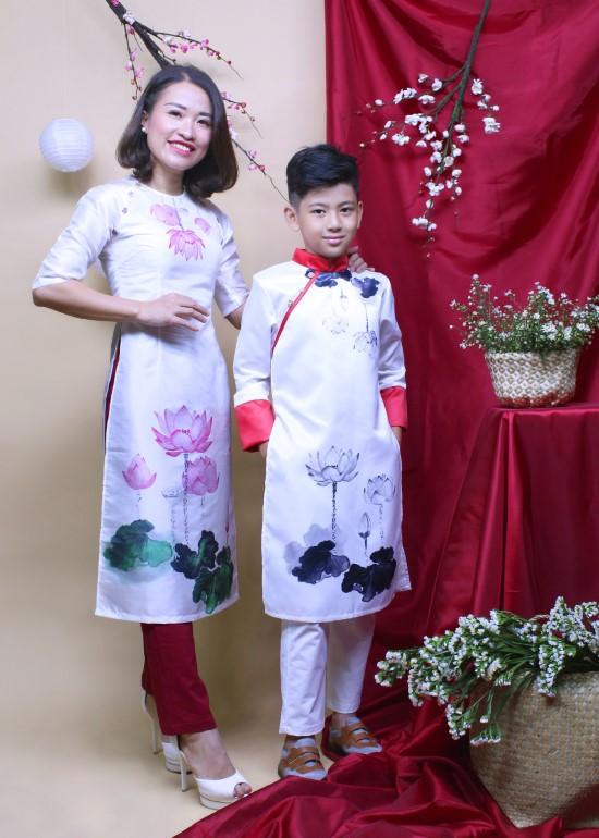 Combo áo dài may mắn sen mẹ và bé trai