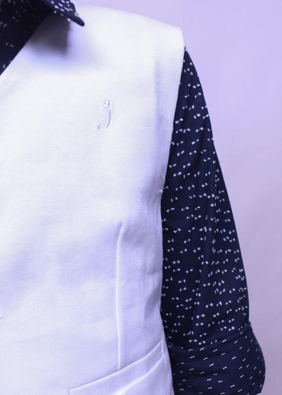 Áo gile trắng bé trai