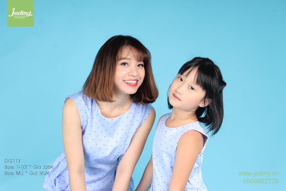 váy đôi mẹ và bé gái