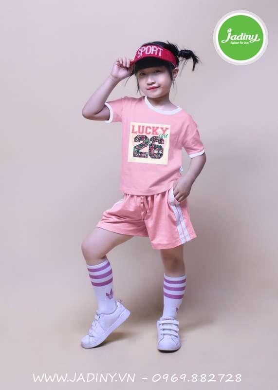 Quần áo trẻ em gái