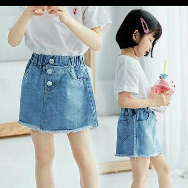 phong cách jeans cho bé